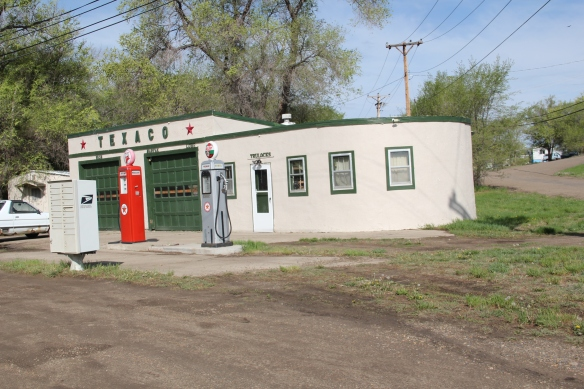 Historic Texaco Station in Art Moderne style, Glendive , MT