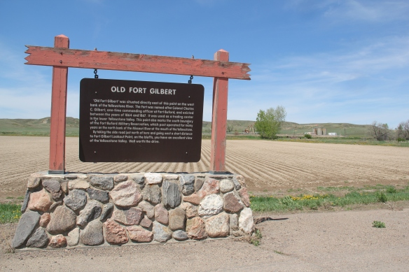 Ft. Gilbert highway marker, north of Fairview: note oil well to the right