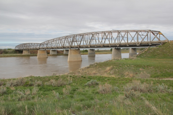 Old U.S. 10 bridge over Yellowstone River, Prairie County, MT