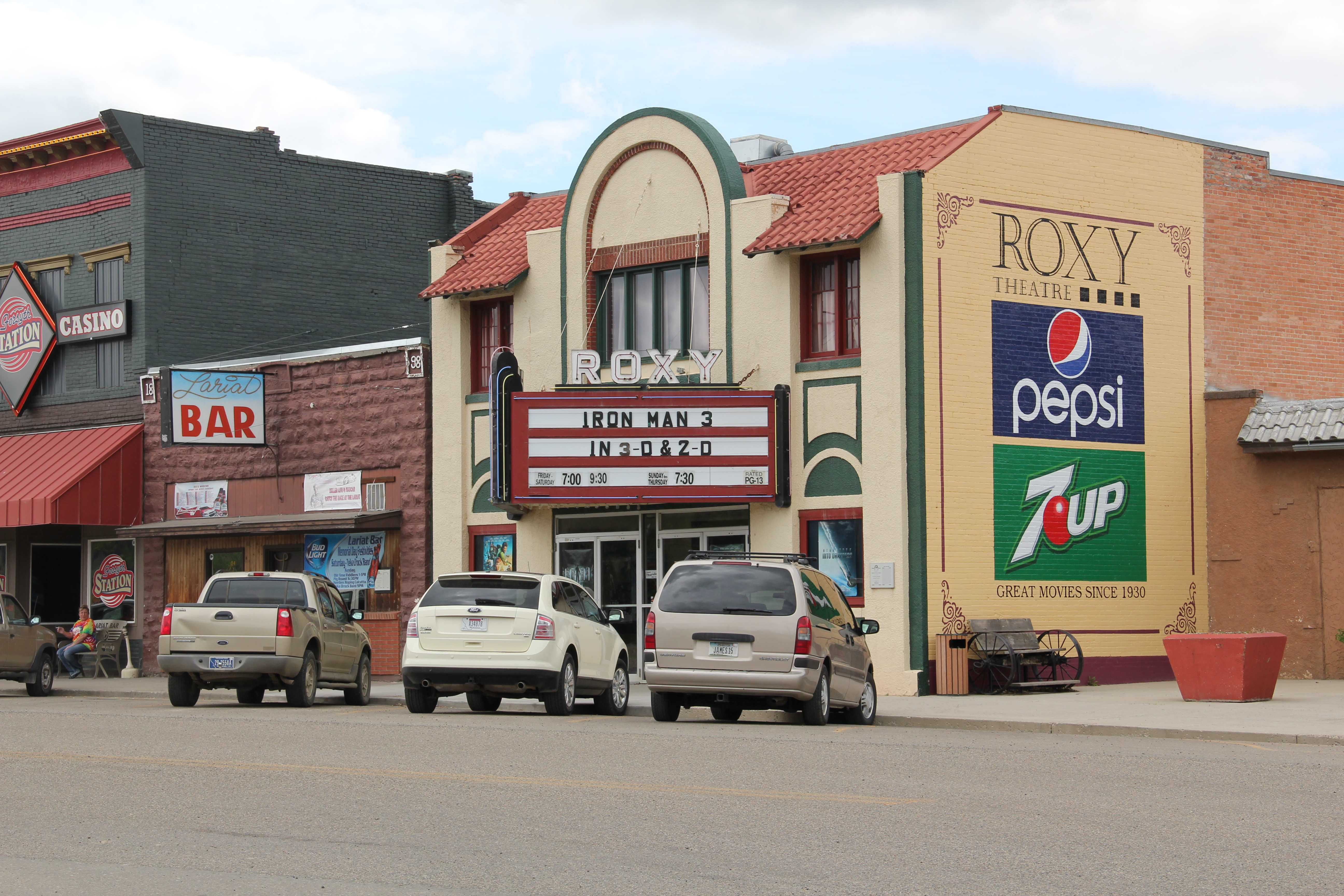 Montana rosebud county forsyth - You Really Haven T Been To Forsyth Unless You Take In A Movie At The Roxy Theater 1930 And An After Movie Libation At The Lariat Bar