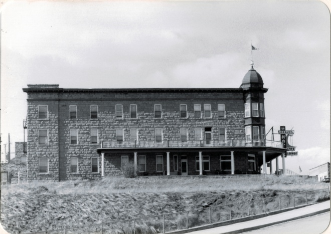 Graves Hotel, Harlowton, MT, 1984