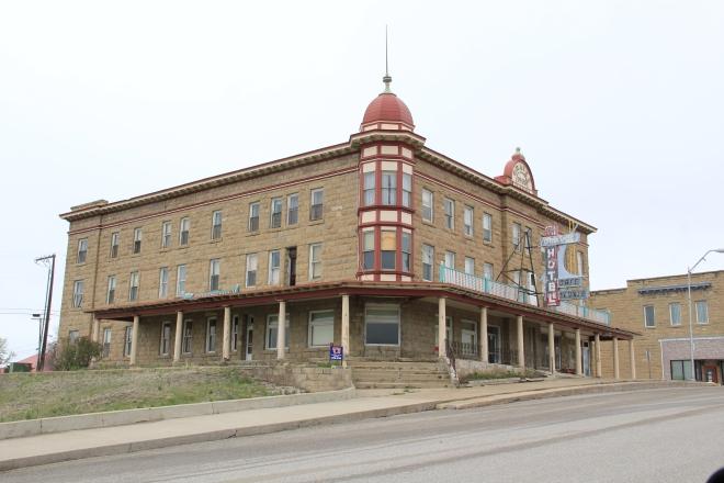Graves Hotel in 2013
