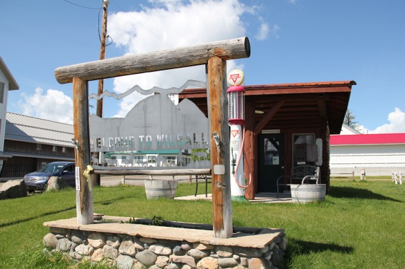 Park Co US 89 wilsall crazy little museum 2
