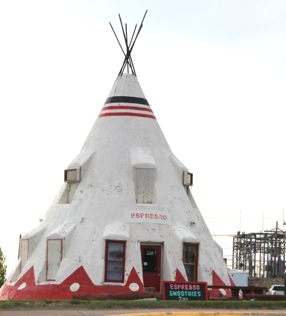 Glacier Co Browning tipi 1