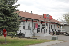 Gallatin Co Three Forks depot to bar
