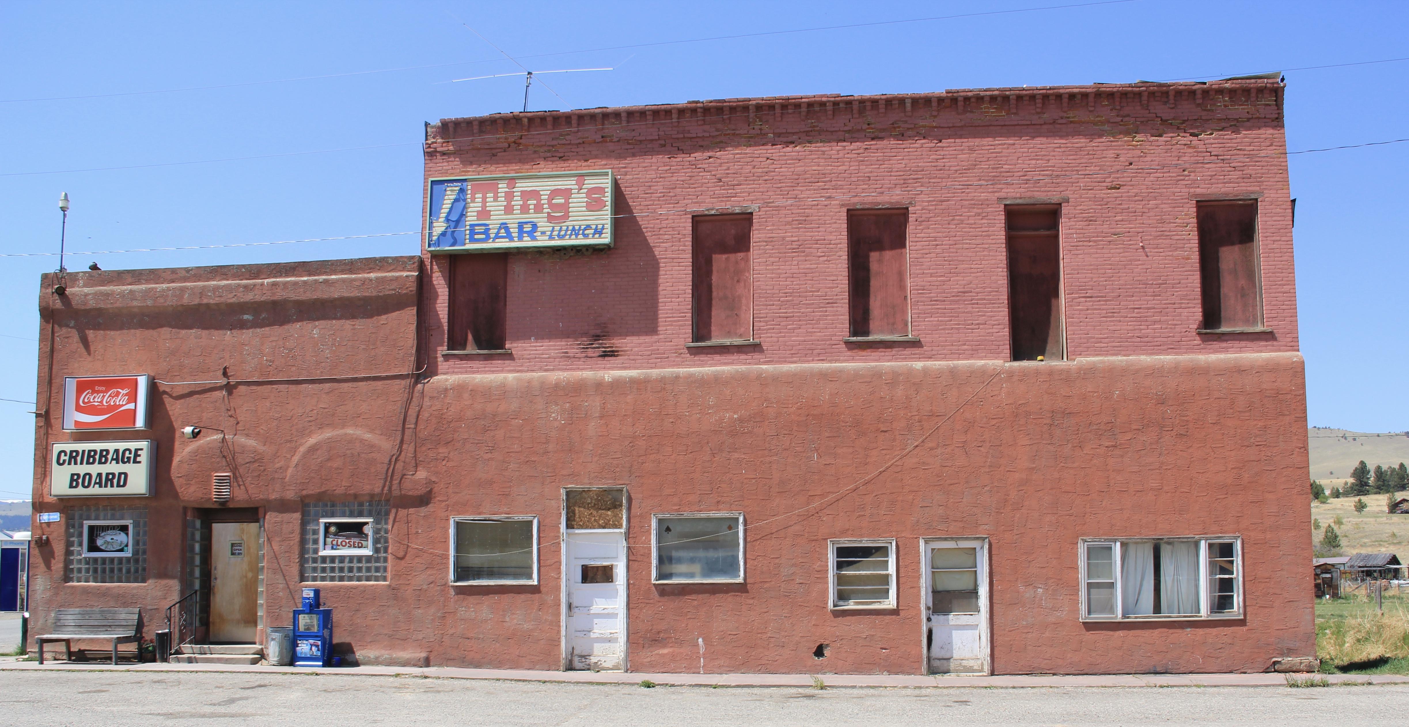 Ting's Bar, Jefferson City