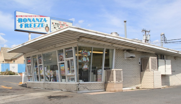 Bonanza Freeze, 1947, Montana St, Butte, roadside