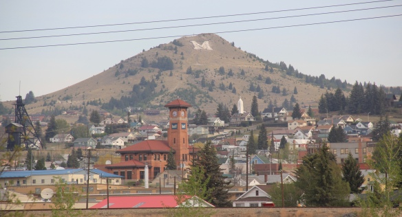 Butte overview from visitor center