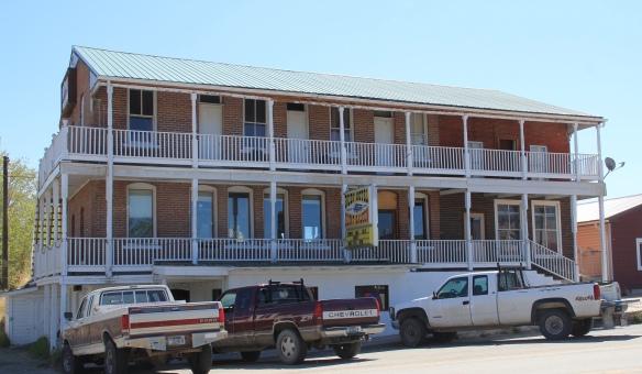 Ruby Hotel, Sheridan