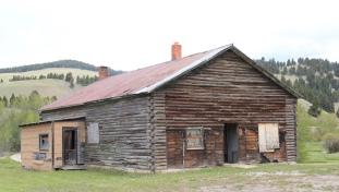 Log building, Elliston