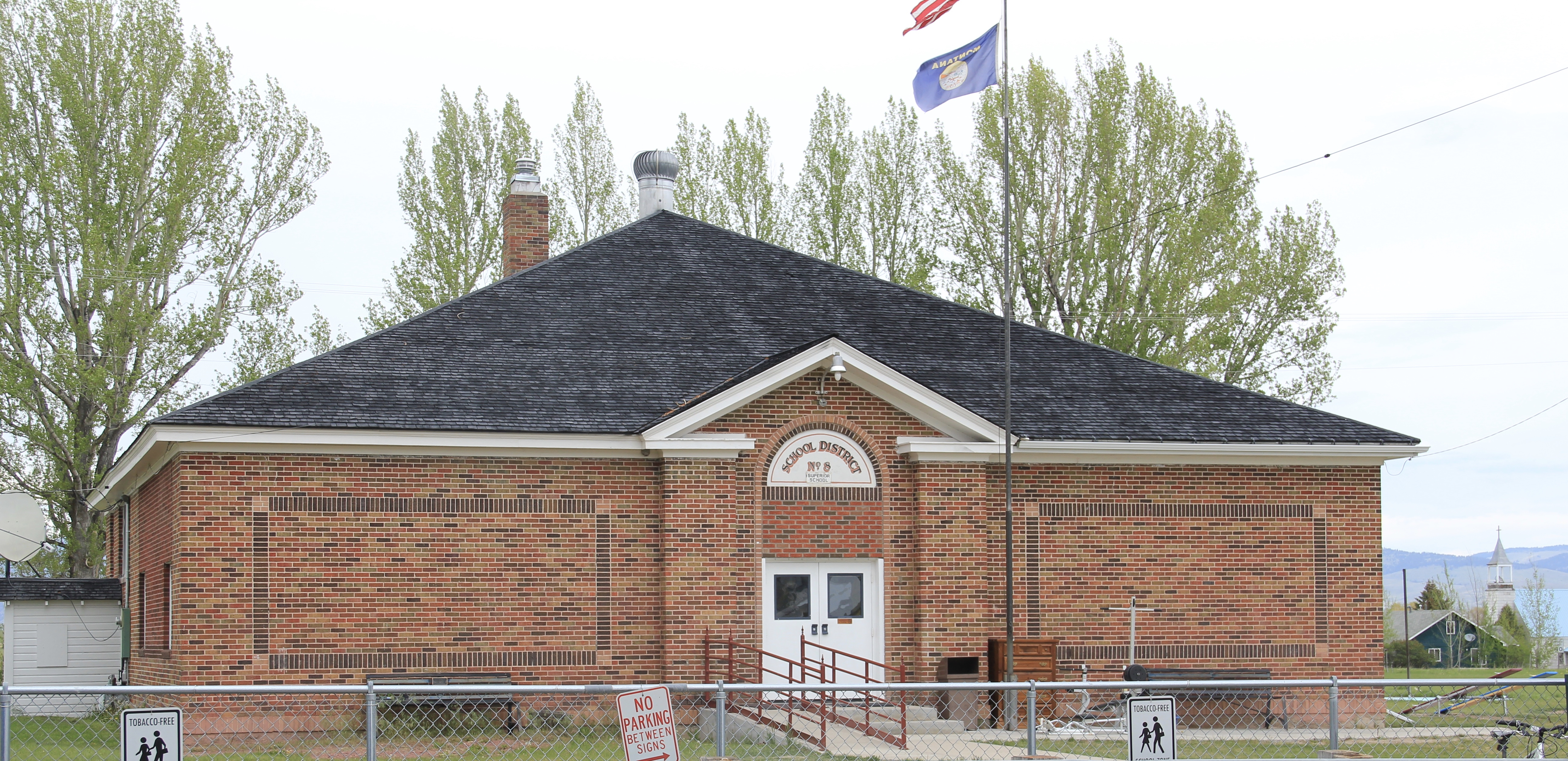 Granite Co Hall school MT 513