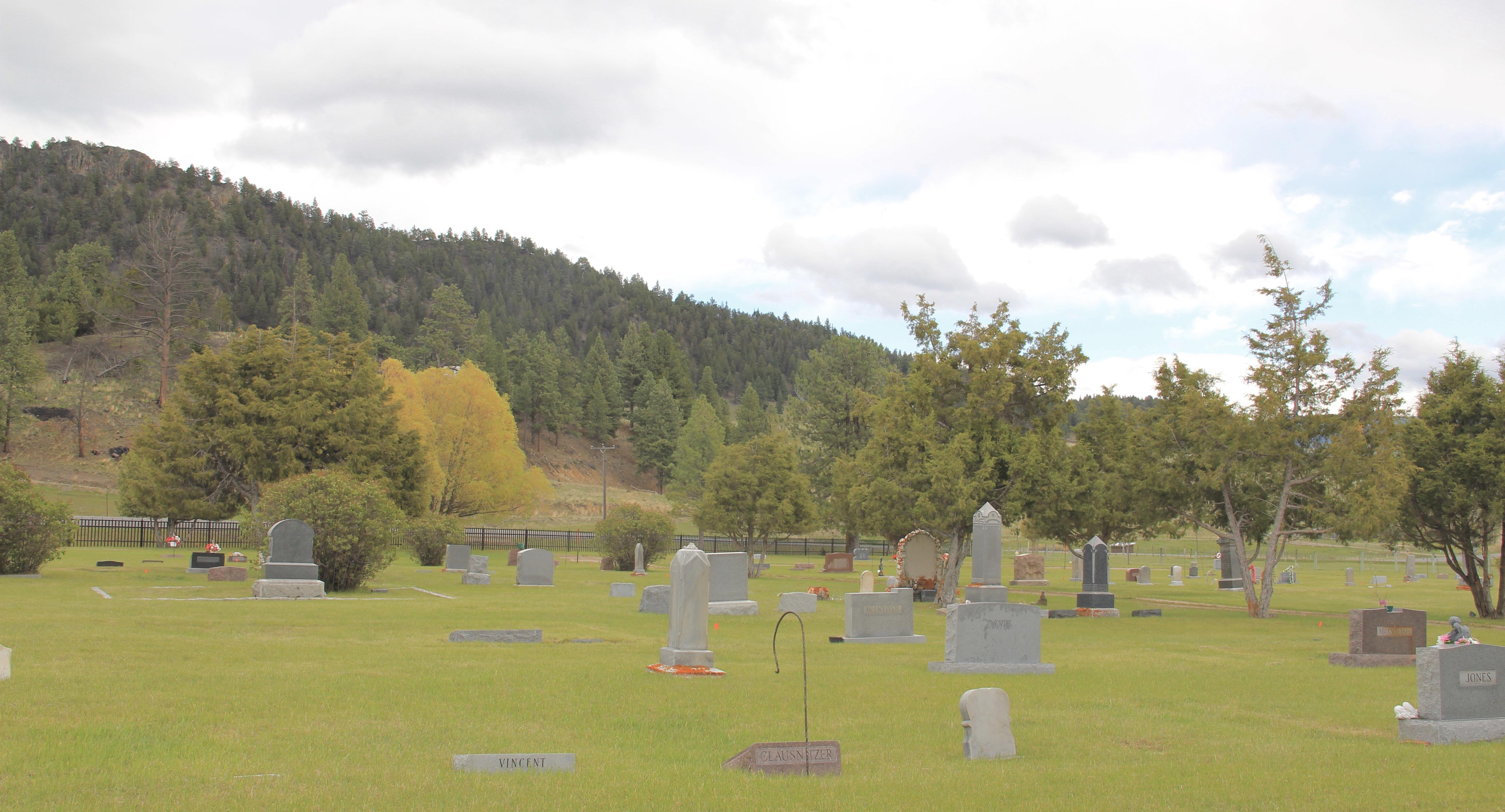 Avon Cemetery, SE, Powell Co