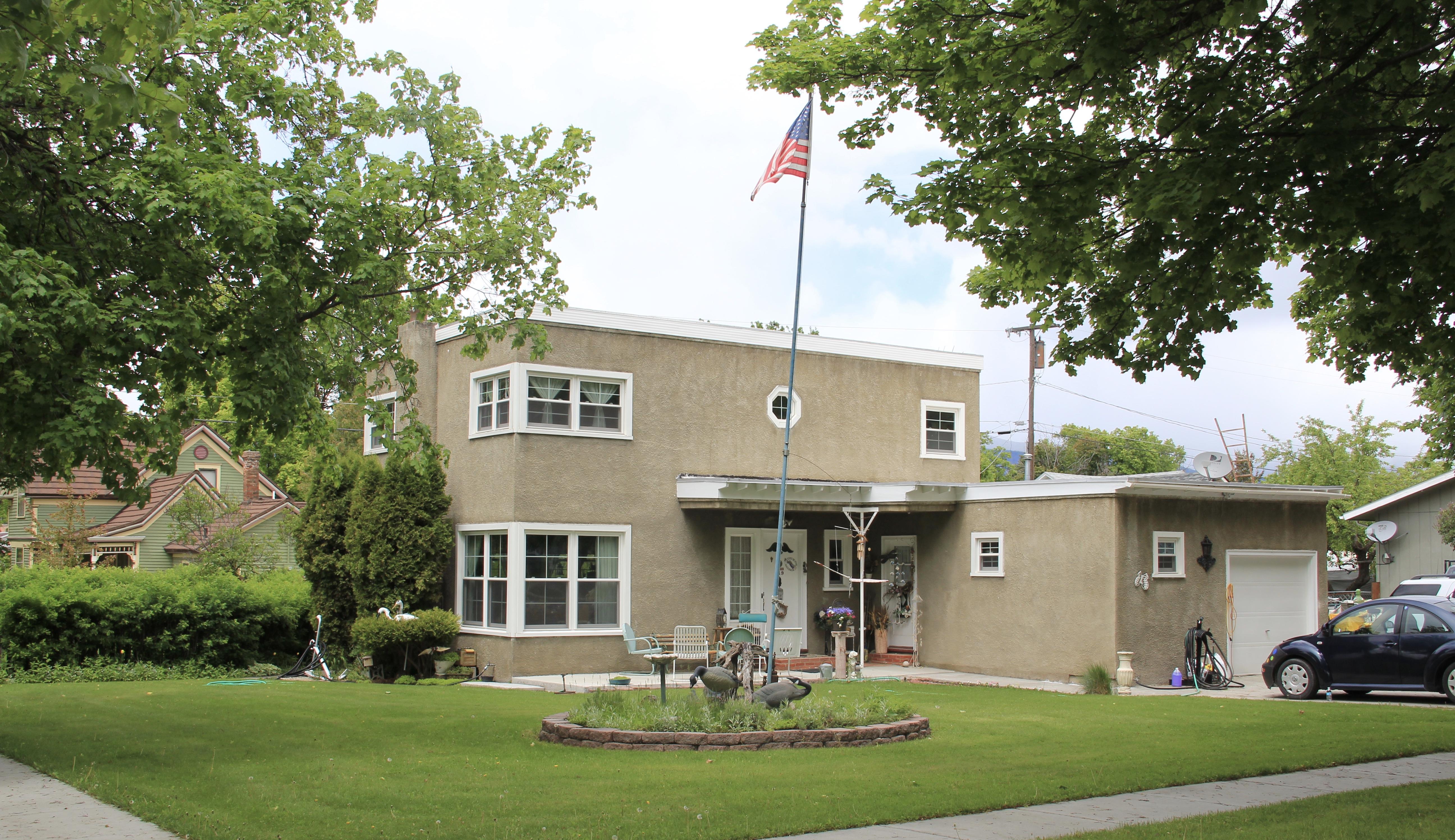 Gavin House, 1941, 219 College St, Stevensville, NR, international