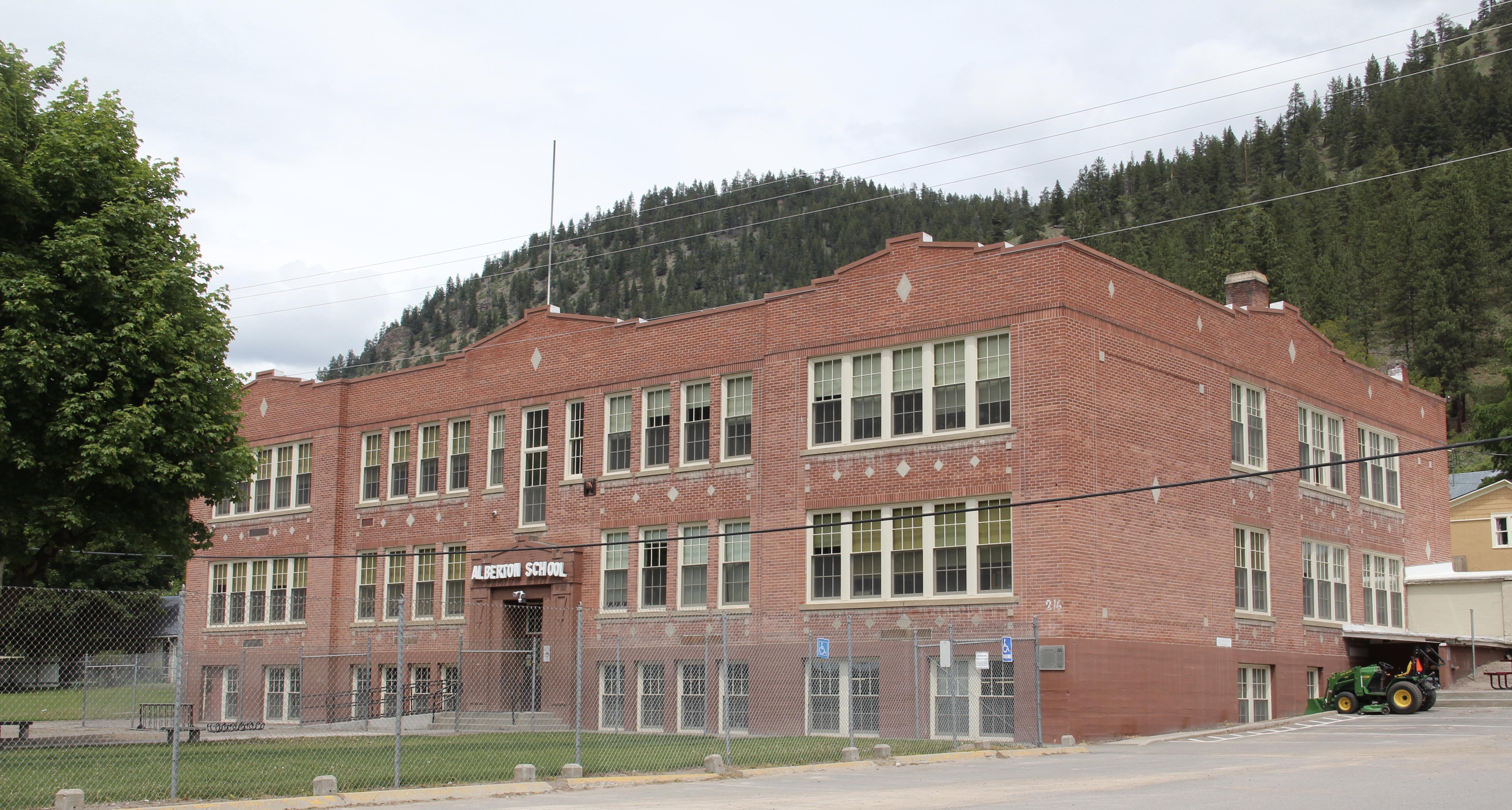 Mineral Co Alberton school