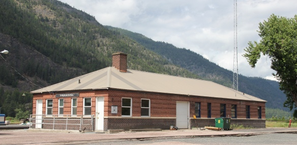 Sanders Co Paradise NP depot