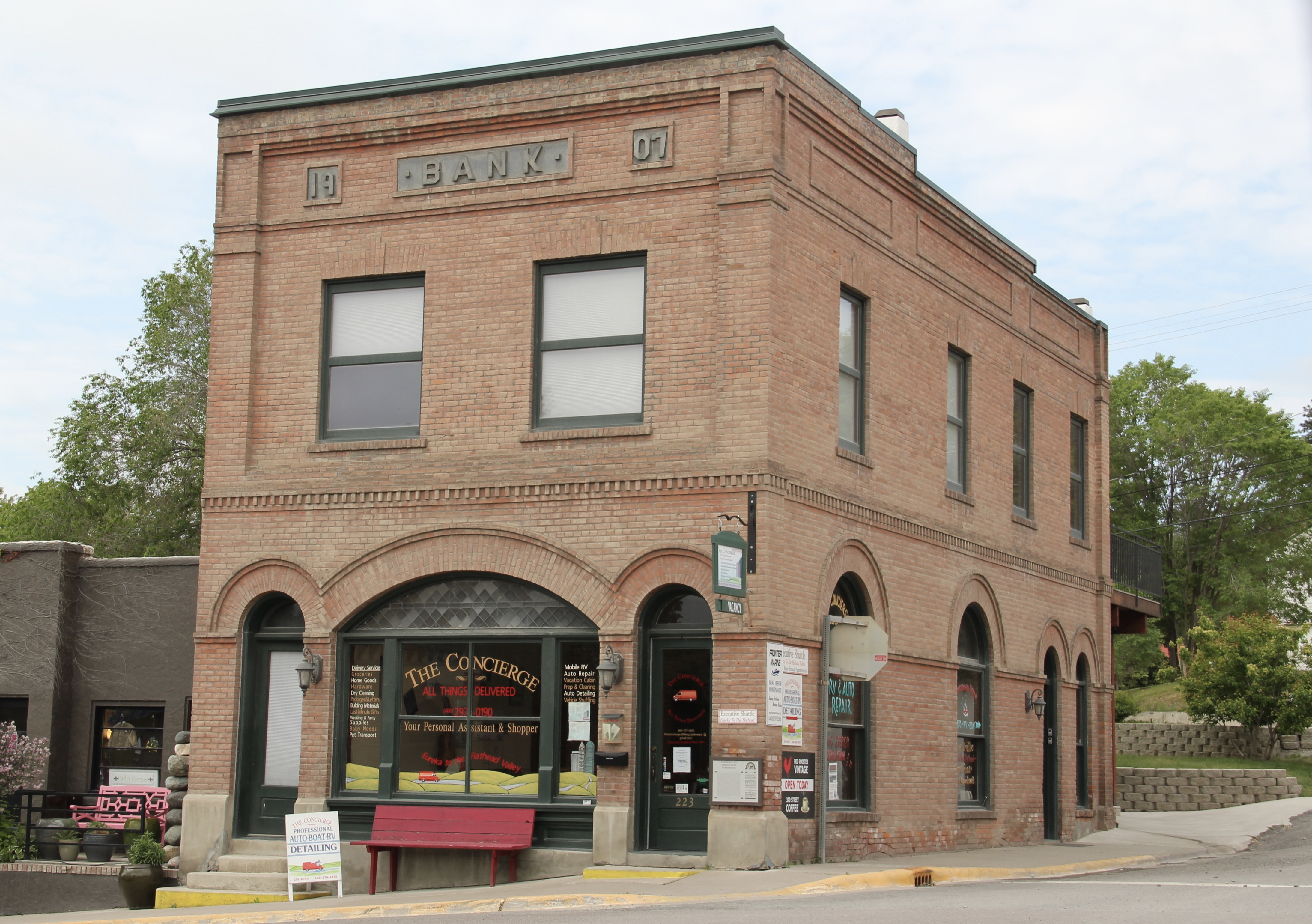 Flathead Co Eureka bank