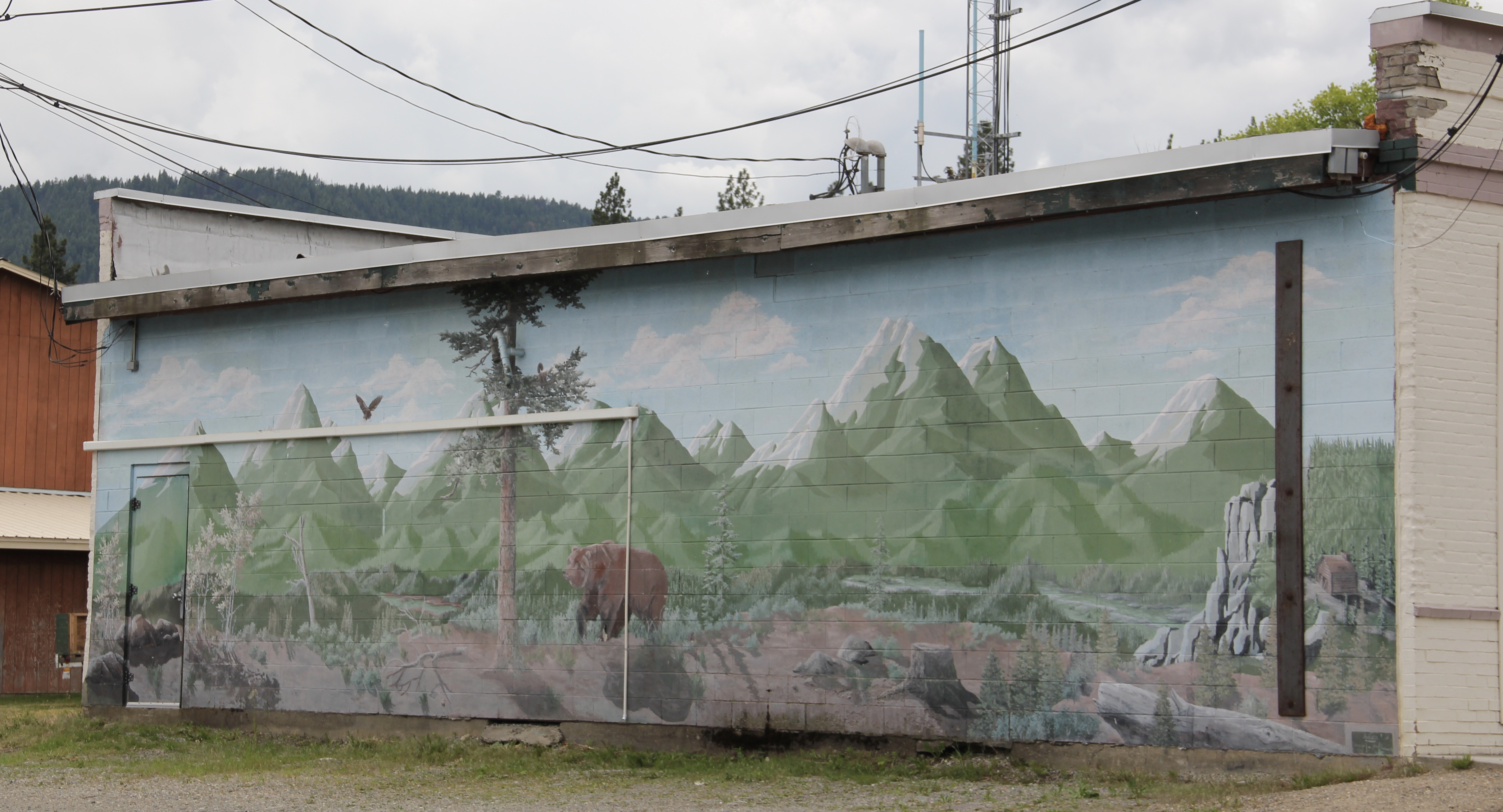 Lincoln Co Troy mural