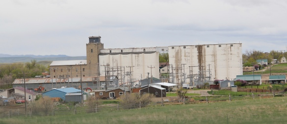 Wheatland Co Harlowton concrete elevators 2