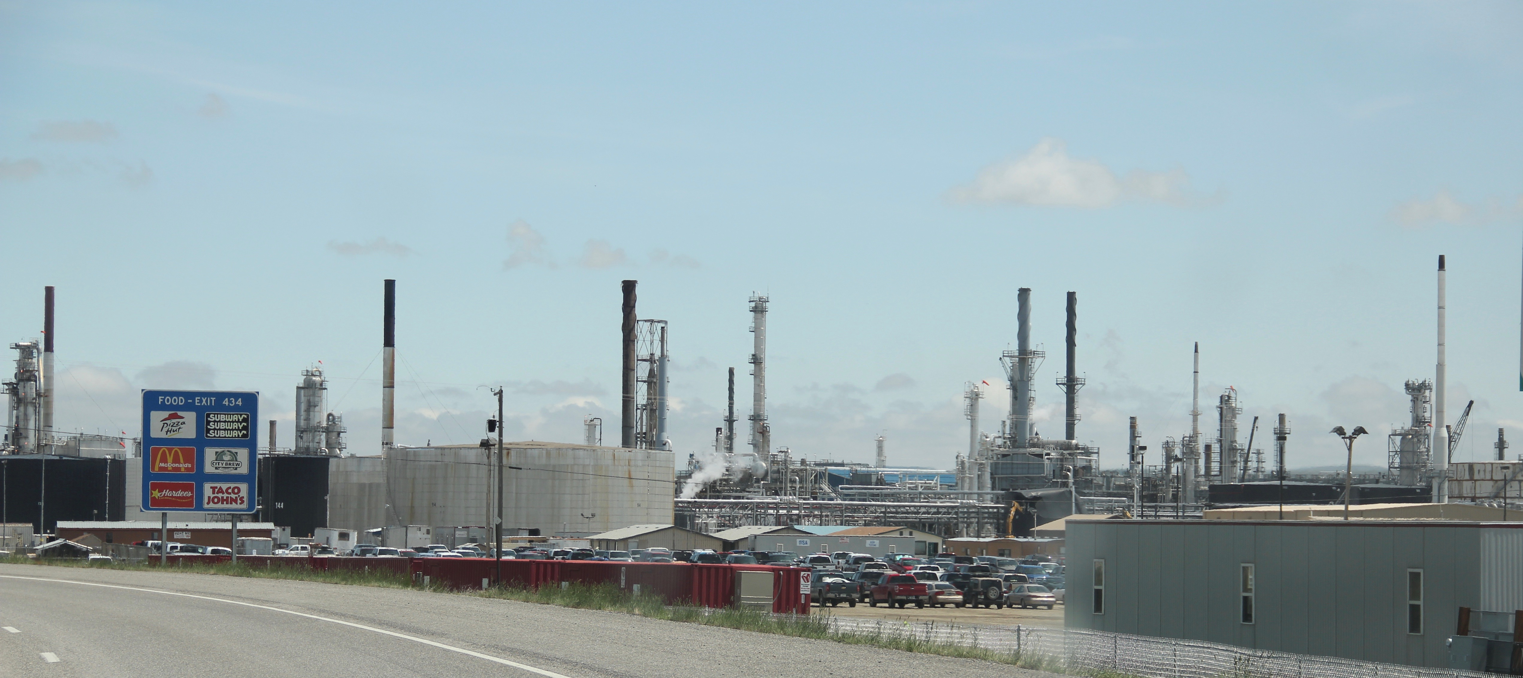 Yellowstone Co Laurel Refinery 2