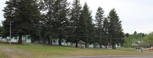 Lake Co Polson motel roadside 4