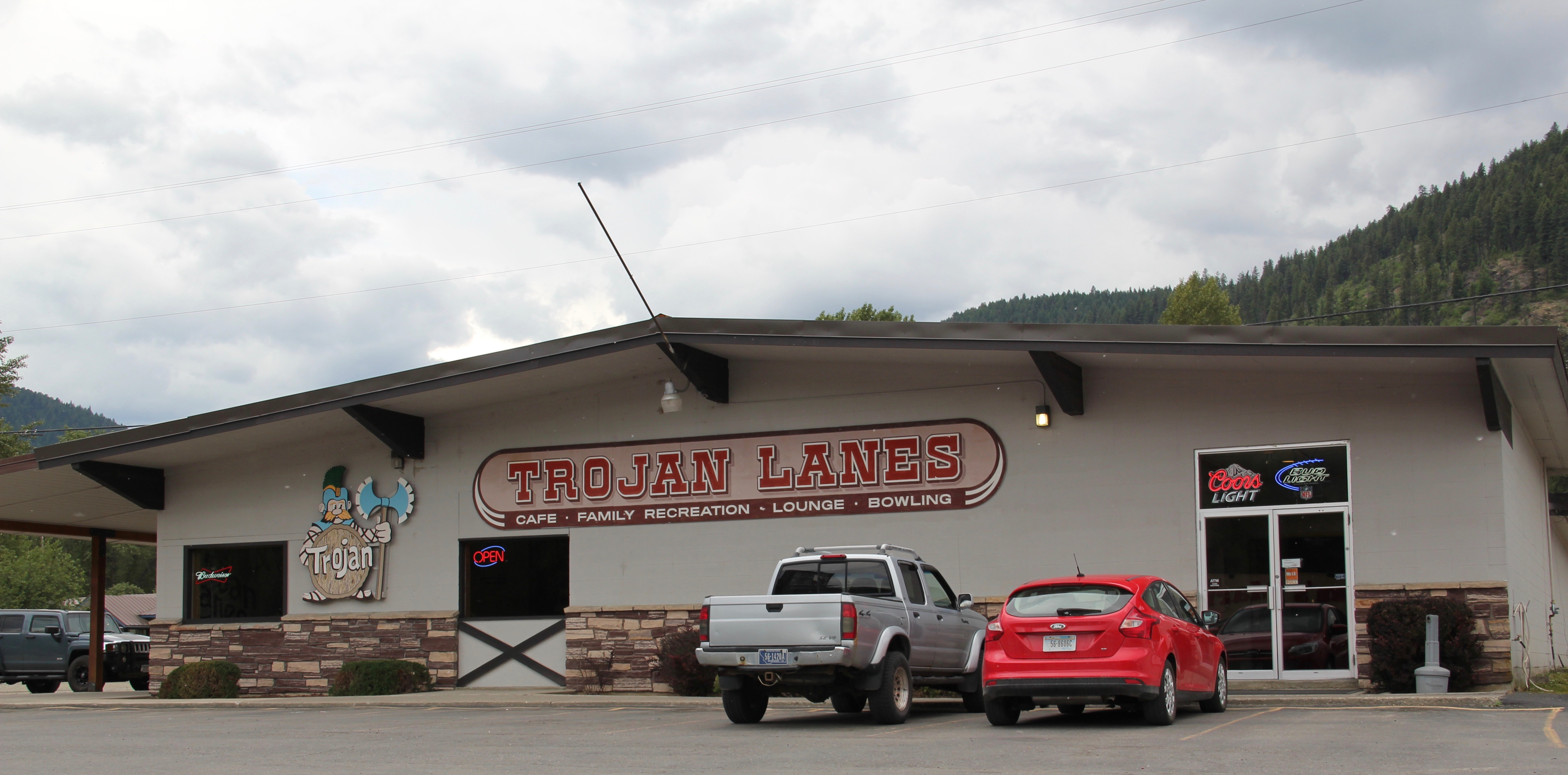 Lincoln Co Troy bowling lanes