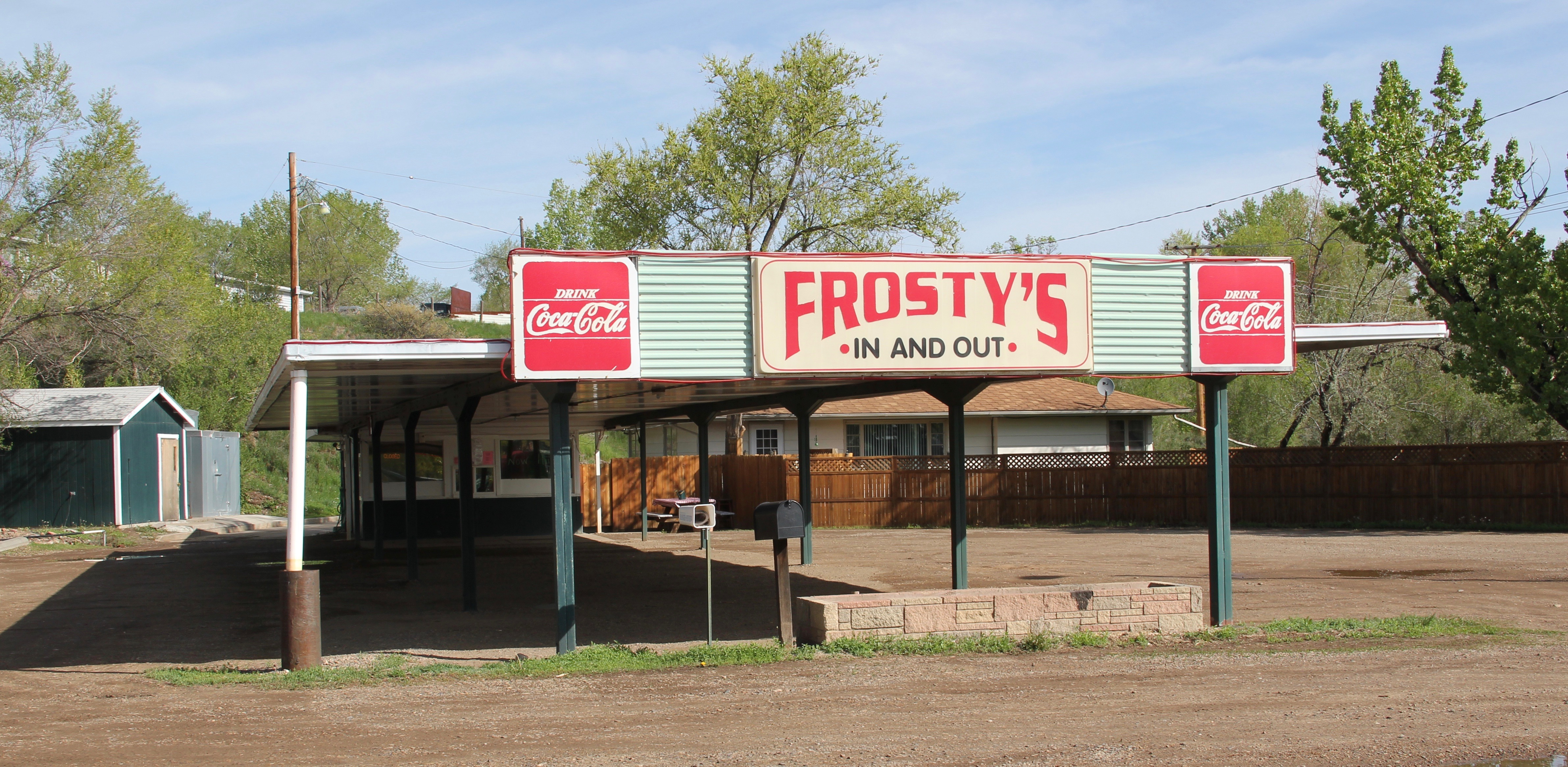 Dawson Co Glendive roadside Frosty In and Out