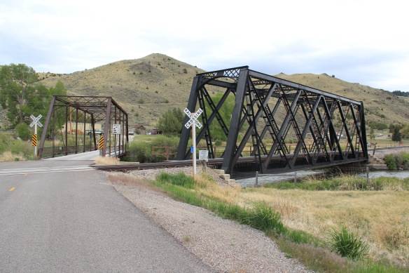 Both Beaverhead River bridges, old US 91 S of Barretts
