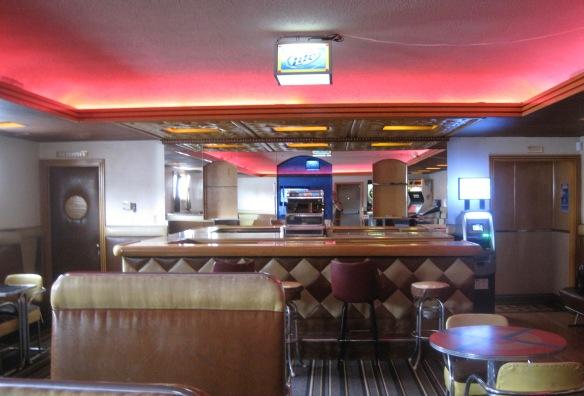 Club Moderne 1.JPG