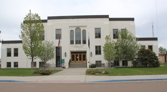 Roosevelt Co Wolf Point courthouse