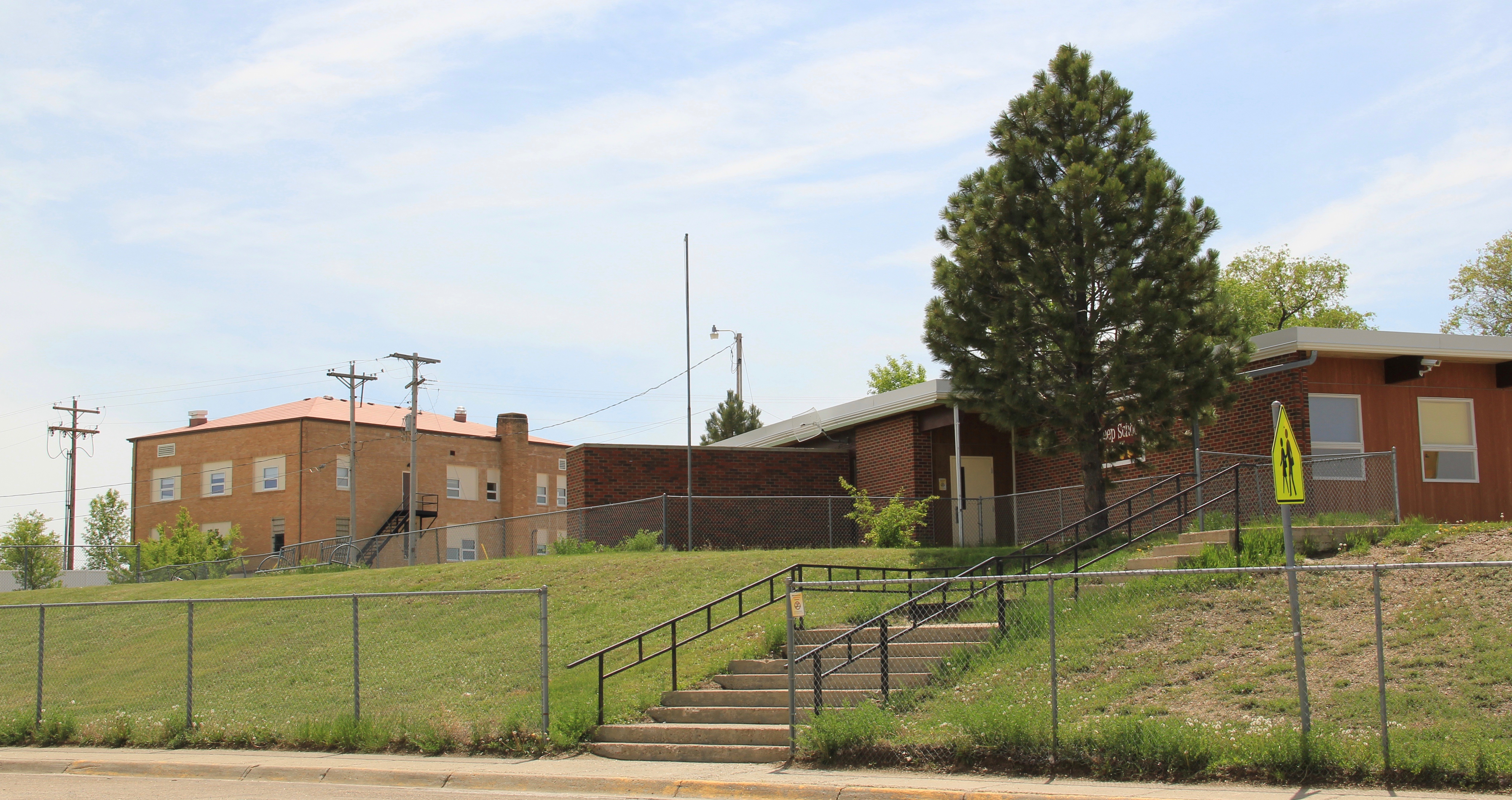 McCone Co Circle school